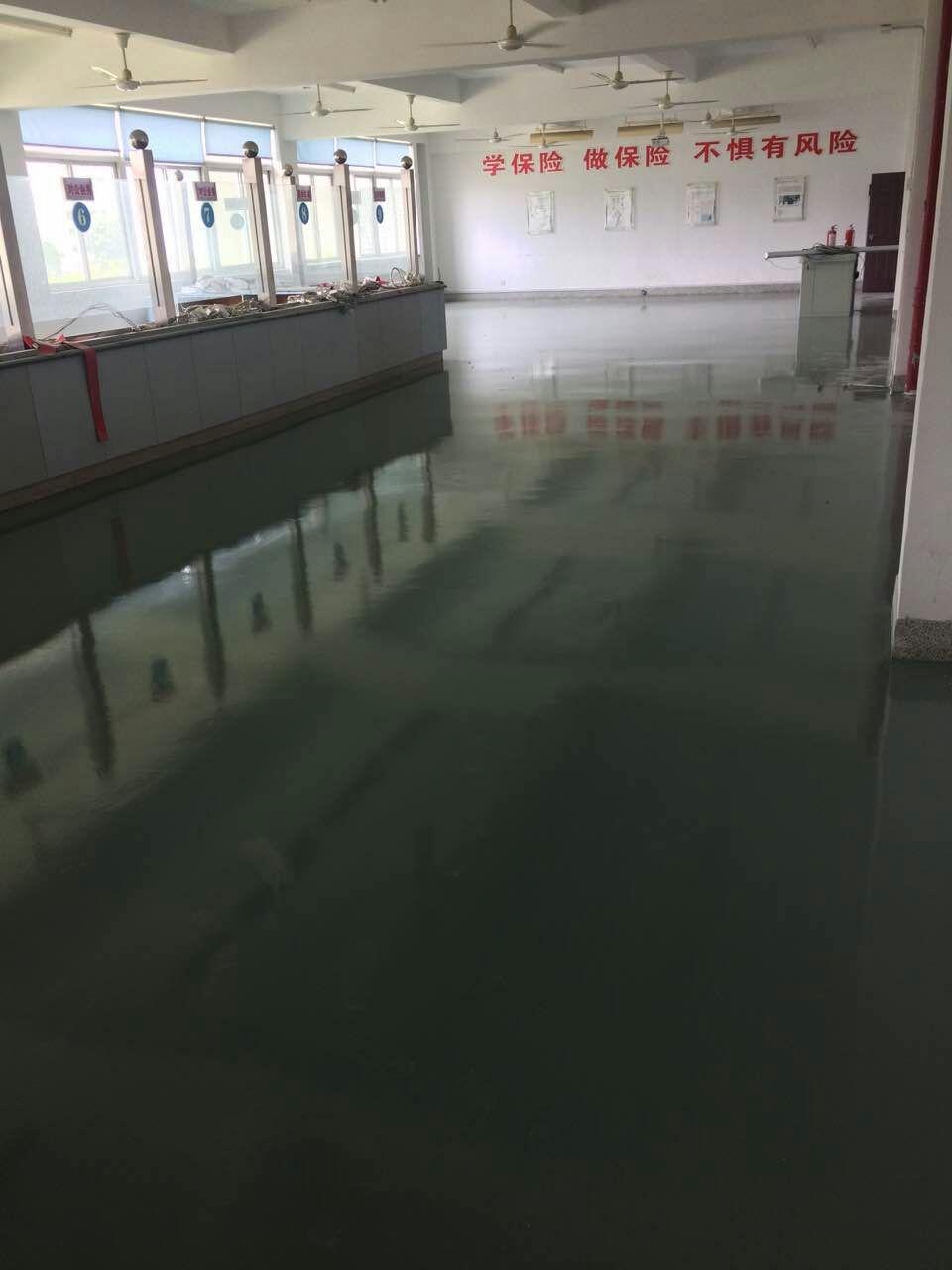 水性环氧地坪漆厂家给消费者带来安全放心不一样的地坪涂料