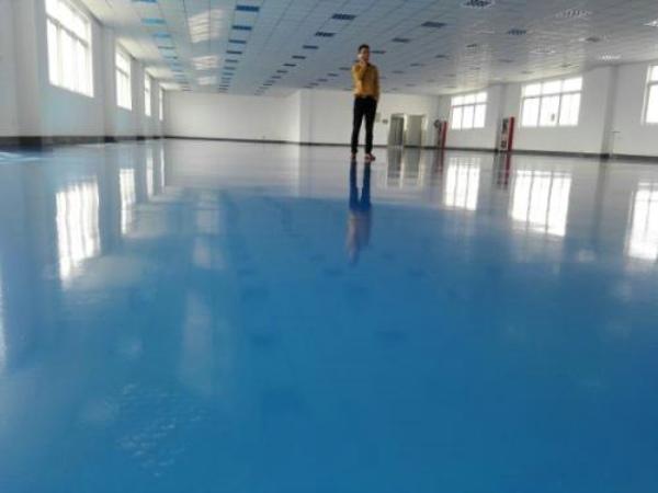 环氧地坪漆施工应按相应的施工标准走