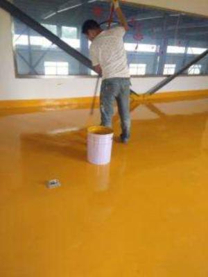 老旧地坪翻新要注意什么材料用水性地坪漆合适吗?