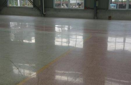 什么样的地面适合做硬化地坪?