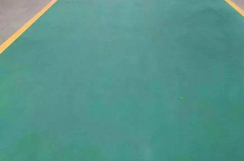 防水聚氨酯地坪出现涂料膜片分层的原因